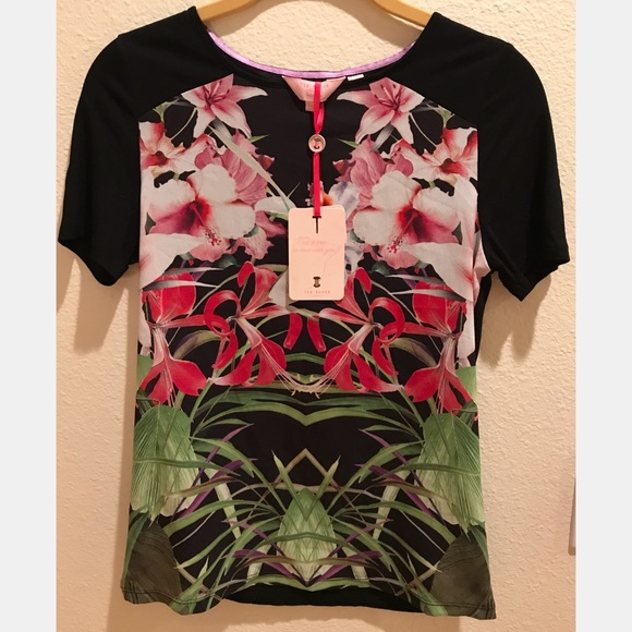 d78174a3c6ea6 Ted Baker London Sew in Love Floral T-Shirt
